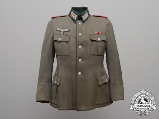 A Heer Artillery (Flak) Lieutenant (Leutnant) Officer's Tunic