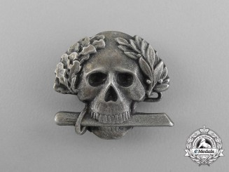 An Second War Italian Black Brigade Skull Badge