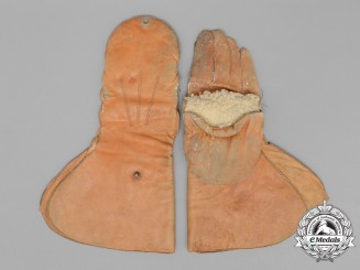 A Rare Pair of First War Double-Function Flyer's Gloves