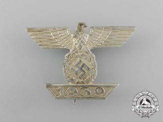 A Fine Clasp to the Iron Cross 1939 First Class; 2nd Type by Otto Schinkle