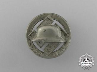 "A 'Der Stahlhelm German Frontline Fighter Group"" Membership Badge"