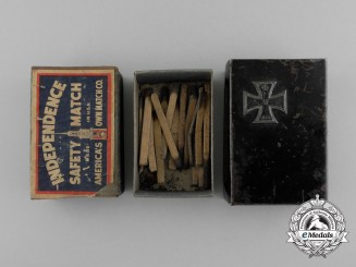 A First War Iron Cross 1914 Matchbox Cover & Matches