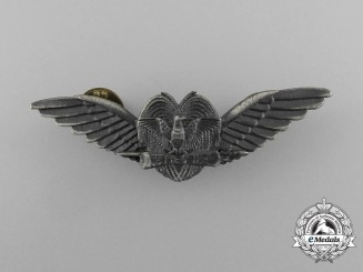 A Papua New Guinea Defence Force Air Force Pilot Badge
