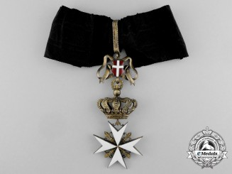 An Order of the Knights of Malta; Magistral Commander Cross Neck Badge