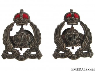 Early Canadian Air Force Collar Badges