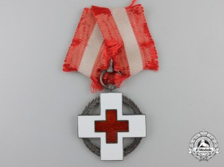 Denmark, Kingdom. A Red Cross Medal for Relief Work During Wartime 1939-1945