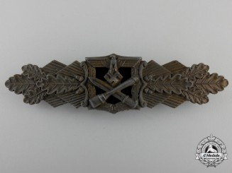 A Bronze Grade Close Combat Clasp