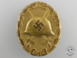 A Gold Grade Wound Badge; Marked 30