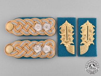 Germany, Federal Republic. A Set of East German General of the Branch Shoulder Boards and Collar Tabs