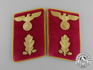 A Pair of Reich Level Abschnittsleiter Collar Tabs