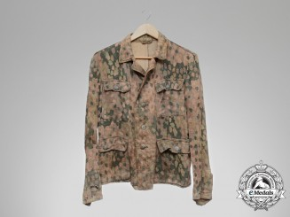 "A Waffen-SS M44 ""Erbsenmuster"" Pea-Pattern All-Season Tunic"