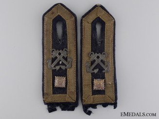 Feldwebel Boatswain of the Kriegsmarine Shoulder Board Pair