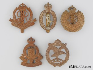 Five First and Second War British Cap Badges