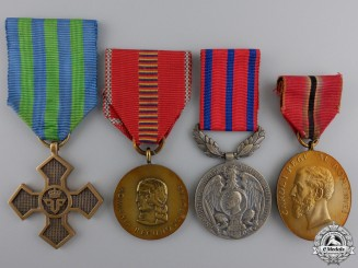 Romania, Kingdom. A Lot of Four Medals and Awards
