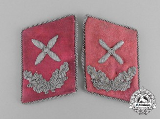 A Pair of Luftwaffe Hauptingenieur Collar Tabs