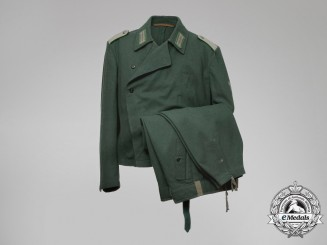 A Motorized Panzer Police Lieutenant (Leutnant) Officer's Uniform