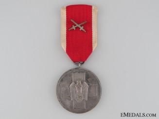 German Social Welfare Medal with Swords