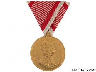 Golden Bravery Medal – in Gold