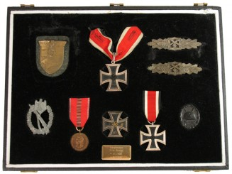Knight's Cross Group to an Officer,