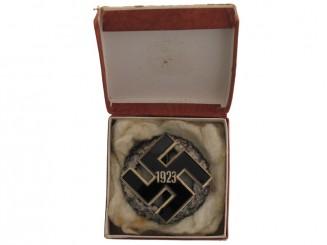 NSDAP General Honor GAU Badge 1923