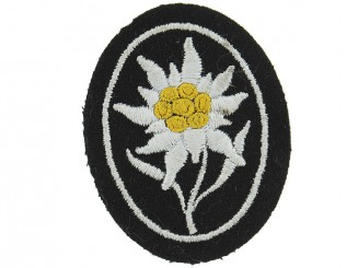 SS Gebirgstruppen Cloth Badge