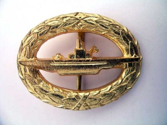 SUBMARINE BADGE