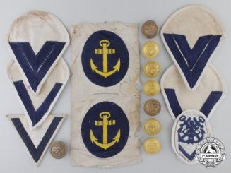 A Lot of Second War Kreigsmarine Insignia and Buttons