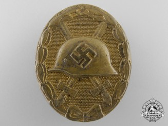A Gold Grade Wound Badge by Wilhelm Deumer