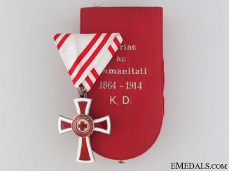 Honour Decoration of the Red Cross, Cased