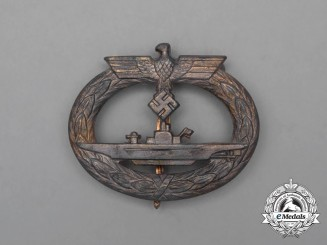 A Second War German Kriegsmarine Submarine Badge