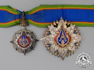 A Most Noble Order of the Crown of Thailand; 2nd Class Grand Officer Set