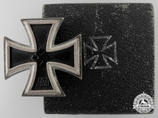 An Iron Cross First Class 1939 for Storming the Heights of Krjubowo on November 26, 1942
