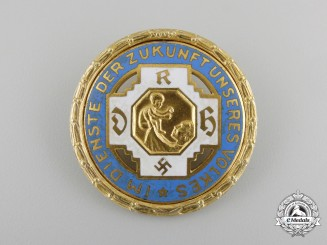 A Golden Honor Badge of the German Midwife Association