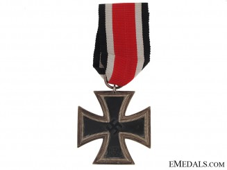 Iron Cross 2nd. Class 1939 - maker # 44
