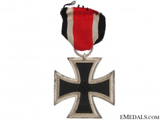 Iron Cross Second Class 1939 - Marked 4