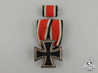 A Court Mounted Iron Cross 1939 Second and Ribbon Bar Class by a ECK of Frankfurt