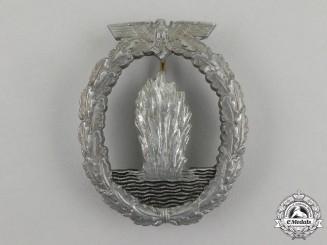 A Second War German Kriegsmarine Minesweeper Badge