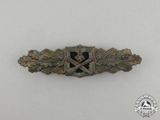 A Second War German Gold Grade Close Combat Clasp