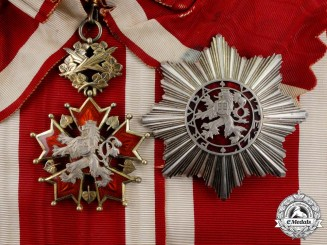 A Czechoslovakian Order of the White Lion; 1st Class Grand Cross Set