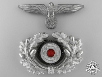 An Army Visor Wreath and Cockade with Eagle