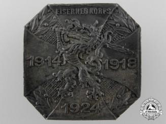 A Freikorps 1914-1918-1924 Eisernes Korps Badge