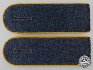 A Set of Luftwaffe Flight Enlisted Shoulder Straps
