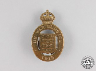 "A First War British ""On War Service"" Badge 1915"