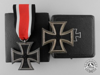 The Iron Cross 1939  1st & 2nd Classes of Luftwaffe Oberleutnant Karl Schuh