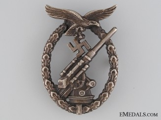 Luftwaffe Flak Badge by Juncker
