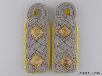Army Oberst Rank Shoulder Boards; Signals