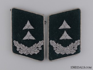 Luftwaffe Official; Pay Level 4 Collar Tabs
