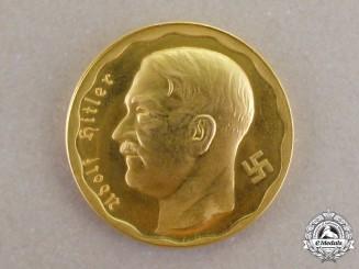 """Germany. A Gold 100 Reichsmark """"Der Führer"""" Argentinian Struck Coin"""