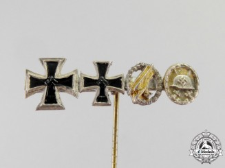 Germany. An Exceptional Knight's Cross & Fallschirmjäger Badge Miniature