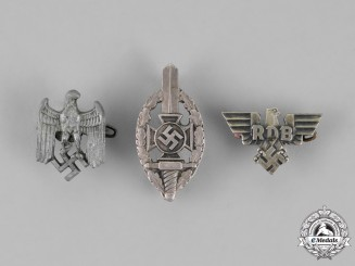 Germany. Three Second War German Pins and Badges